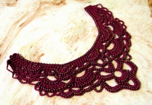 Isn't this necklace collar absolutely beautiful!